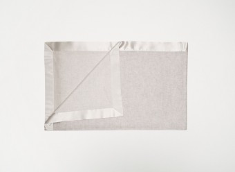 Begg-Kashmir-Plaid-Arran-Babydecke-White-Silver
