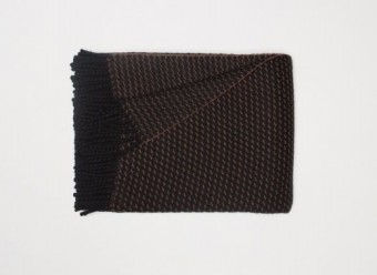 Begg-Kashmir-Plaid-Clyde-Honeycomb-Black-Vicuna