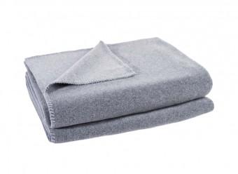 Zoeppritz-Kuscheldecke-Soft-Fleece-hellgrau